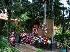 Горки Сухоревские, обелиск