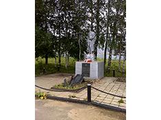 Парамоново, Боевое захоронение и перезахоронение